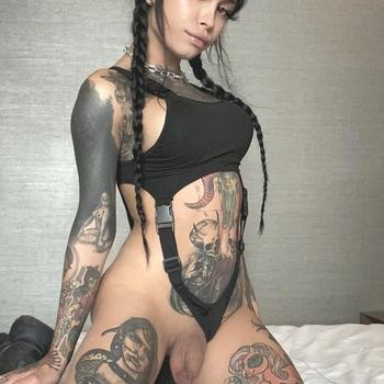 shemale IsaShexy